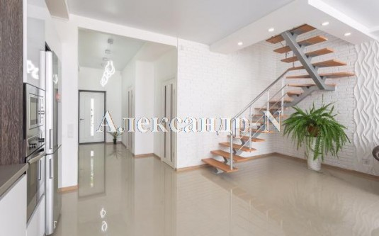 2-этажный дом (Бабушкина/Долгая) - улица Бабушкина/Долгая за
