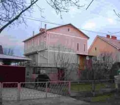2-этажный дом (Розовая/Петрашевского) - улица Розовая/Петрашевского за 3 510 000 грн.