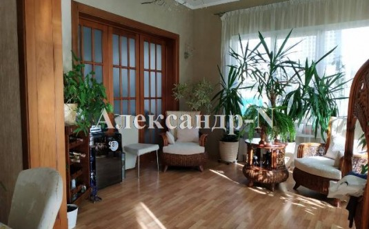 4-этажный дом (Елочная/Ахматовой) - улица Елочная/Ахматовой за