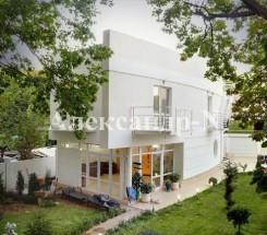 2-этажный дом (Дача Ковалевского) - улица Дача Ковалевского за 400 000 у.е.