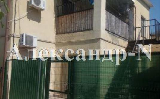 2-этажный дом (Лазарева Адм./Высокий пер.) - улица Лазарева Адм./Высокий пер. за