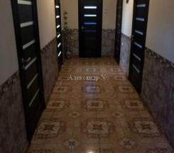 2-этажный дом (Сухой Лиман//Механизатор) - улица Сухой Лиман//Механизатор за 2 357 900 грн.