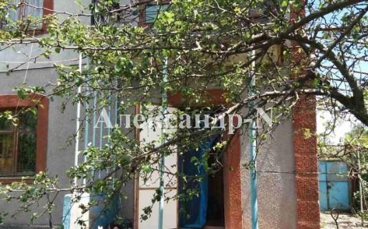 2-этажный дом (Павлинка/Центральная) - улица Павлинка/Центральная за