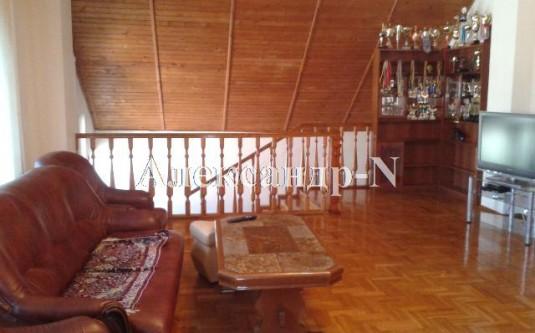 2-этажный дом (Фонтанка/Львовская/Независимости) - улица Фонтанка/Львовская/Независимости за