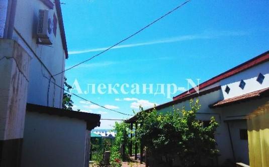 2-этажный дом (Овидиополь/Школьный пер.) - улица Овидиополь/Школьный пер. за