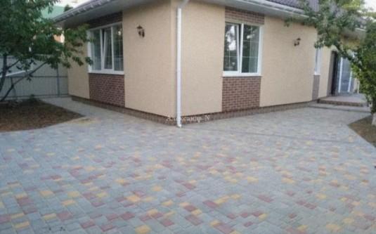 1-этажный дом (Фонтанка/Хмельницкого Богдана пер.) - улица Фонтанка/Хмельницкого Богдана пер. за