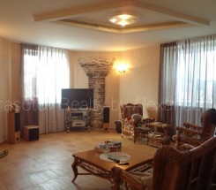 4-комнатная квартира (Донского Дмитрия/Ромашковая) - улица Донского Дмитрия/Ромашковая за 140 000 у.е.