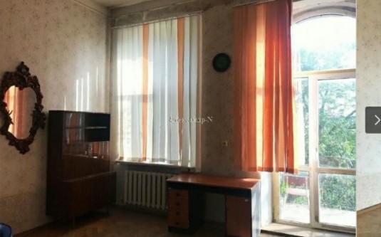 4-комнатная квартира (Богданова пер./Нежинская) - улица Богданова пер./Нежинская за