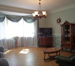 3-комнатная квартира (Гагарина пр./Французский бул.) - улица Гагарина пр./Французский бул. за 2 700 000 грн.