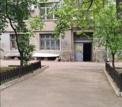 3-комнатная квартира (Французский бул./Семинарская) - улица Французский бул./Семинарская за 2 052 000 грн.