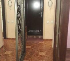 3-комнатная квартира (Жукова Марш. пр.) - улица Жукова Марш. пр. за 1 471 500 грн.