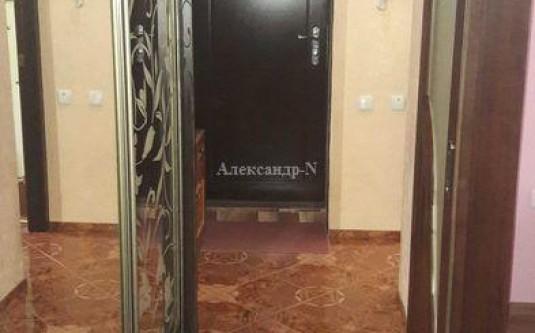 3-комнатная квартира (Жукова Марш. пр.) - улица Жукова Марш. пр. за