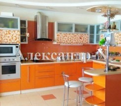 4-комнатная квартира (Кленовая/Пионерская) - улица Кленовая/Пионерская за 5 270 600 грн.