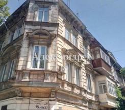 5-комнатная квартира (Базарная/Екатерининская) - улица Базарная/Екатерининская за 3 240 000 грн.