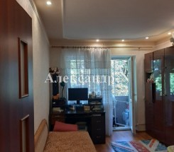 2-комнатная квартира (Комарова/Петрова Ген.) - улица Комарова/Петрова Ген. за 784 000 грн.