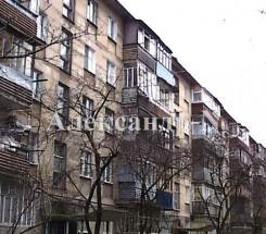 3-комнатная квартира (Космонавтов/Петрова Ген.) - улица Космонавтов/Петрова Ген. за 1 008 000 грн.
