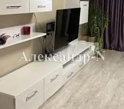 3-комнатная квартира (Жукова Марш. пр./Левитана) - улица Жукова Марш. пр./Левитана за 2 100 000 грн.