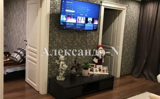 4-комнатная квартира (Жукова Марш. пр.) - улица Жукова Марш. пр. за
