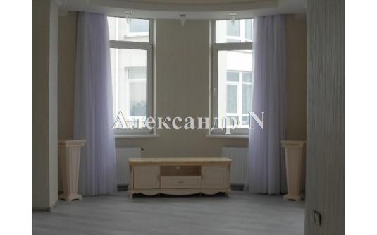 3-комнатная квартира (Французский бул./Довженко) - улица Французский бул./Довженко за