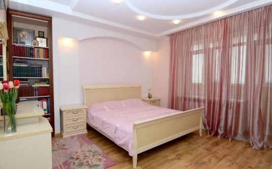 4-комнатная квартира (Фонтанская дор./Петрашевского) - улица Фонтанская дор./Петрашевского за