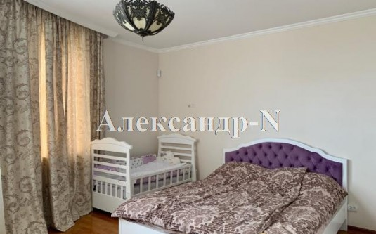 4-комнатная квартира (Мачтовая/Адмиральский пр.) - улица Мачтовая/Адмиральский пр. за