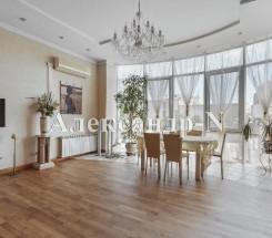4-комнатная квартира (Олеши Юрия/Греческая) - улица Олеши Юрия/Греческая за 12 320 000 грн.