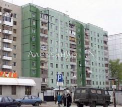 4-комнатная квартира (Рекордная/Малиновского Марш.) - улица Рекордная/Малиновского Марш. за 1 764 000 грн.