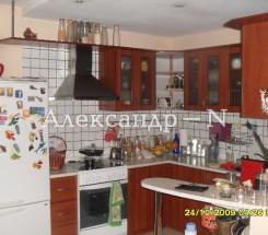 3-комнатная квартира (Франко Ивана/Бригадная) - улица Франко Ивана/Бригадная за 2 660 000 грн.
