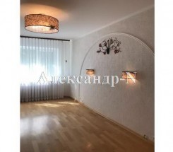 5-комнатная квартира (Королева Ак./Глушко Ак. пр.) - улица Королева Ак./Глушко Ак. пр. за 2 025 000 грн.
