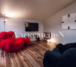 4-комнатная квартира (Екатерининская/Греческая) - улица Екатерининская/Греческая за 1 000 000 у.е.