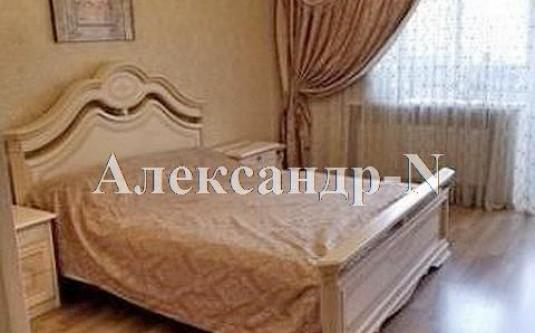 3-комнатная квартира (Рекордная/Малиновского Марш.) - улица Рекордная/Малиновского Марш. за