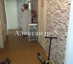 4-комнатная квартира (Жукова Марш. пр./Левитана) - улица Жукова Марш. пр./Левитана за 1 330 000 грн.
