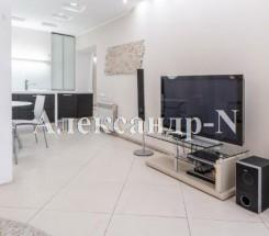 2-комнатная квартира (Тополевая/Королева Ак.) - улица Тополевая/Королева Ак. за 2 240 000 грн.