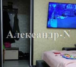 1-комнатная квартира (Рекордная/Малиновского Марш.) - улица Рекордная/Малиновского Марш. за 1 064 000 грн.