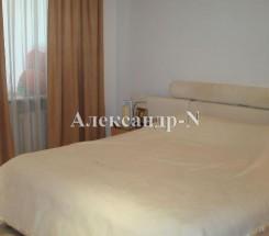 3-комнатная квартира (Малиновского Марш./Гайдара) - улица Малиновского Марш./Гайдара за 2 240 000 грн.