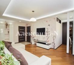 3-комнатная квартира (Сахарова/Заболотного Ак.) - улица Сахарова/Заболотного Ак. за 128 000 у.е.