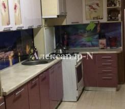 3-комнатная квартира (Днепропетр. дор./Марсельская) - улица Днепропетр. дор./Марсельская за 1 064 000 грн.