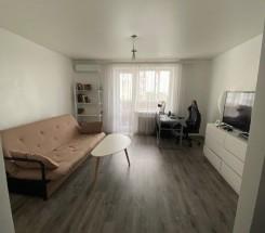 2-комнатная квартира (Рекордная/Сельская) - улица Рекордная/Сельская за 1 400 000 грн.