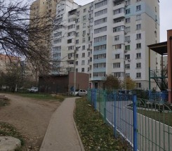 2-комнатная квартира (Высоцкого/Сахарова) - улица Высоцкого/Сахарова за 798 000 грн.