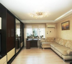4-комнатная квартира (Заболотного Ак./Днепропетр. дор.) - улица Заболотного Ак./Днепропетр. дор. за 1 932 000 грн.