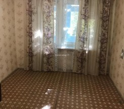 1-комнатная квартира (Космонавтов/Петрова Ген.) - улица Космонавтов/Петрова Ген. за 24 000 у.е.