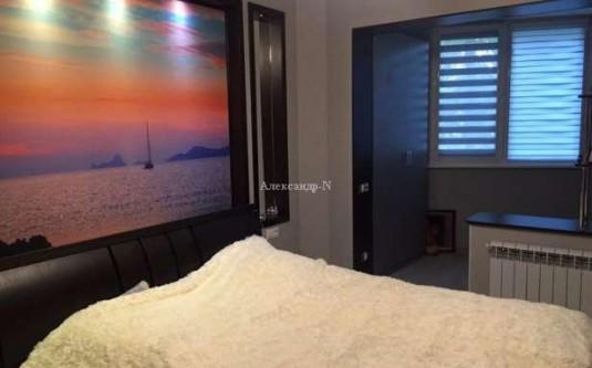 3-комнатная квартира (Днепропетр. дор./Марсельская) - улица Днепропетр. дор./Марсельская за