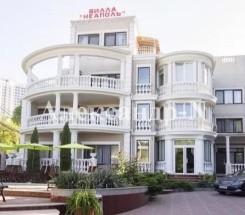 Гостиница, отель (Каманина/Каманина пер.) - улица Каманина/Каманина пер. за 1 200 000 у.е.
