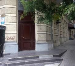 Офис (Пушкинская/Жуковского) - улица Пушкинская/Жуковского за 3 000 у.е./мес.
